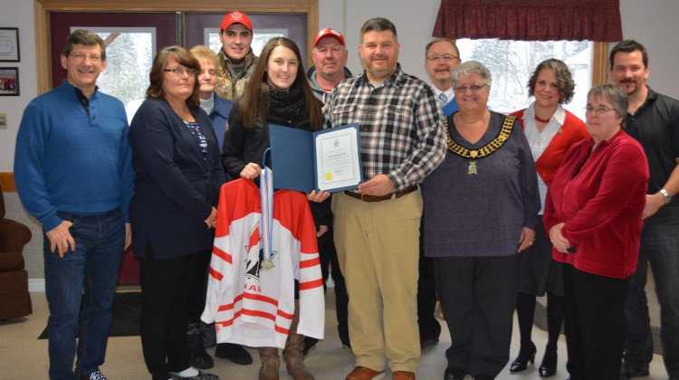 From left to right: MP Mike Bossio, Mother Melanie, Grandmother Joan Bartlett, Brother Josh, Victoria Howran, Father Tony, Councillors Barry McGibbon and Charles Mullett, Mayor Bernice Jenkins, Councillors Tracy McGibbon, Mary Kavanagh and Bill Kilpatrick. Andreas Pandikiu : MooseFM